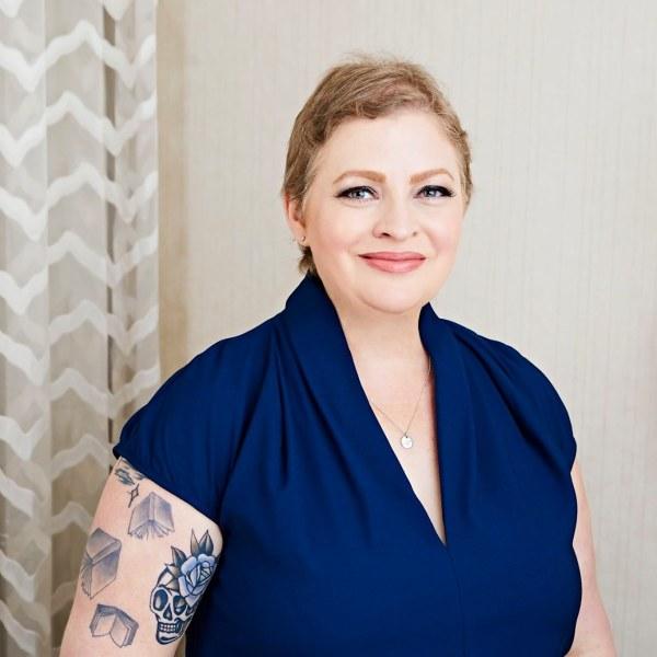 Kylie Scott author pic